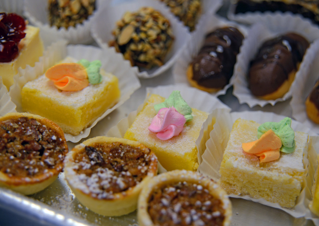 Alesci's pastry array